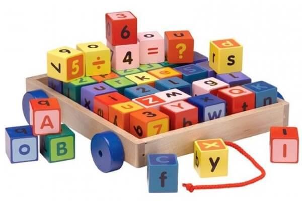 Krea alfabet klodsvogn