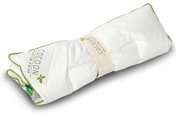 Flad Cocoon Company baby pude med Oeko majsfibre fyld