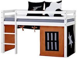 Hoppekids halvhøj seng med diverse tilbehør